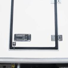 cửa hông xe tải