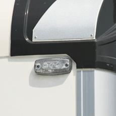 đèn led góc trước thùng tải lạnh 6 tấn