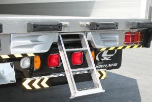 thang xếp thùng xe tải quyền auto