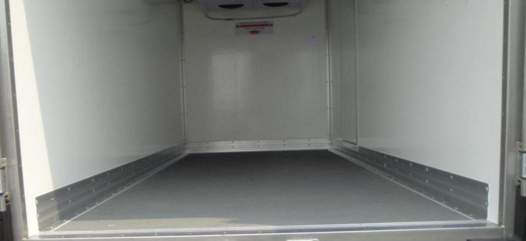thùng xe phẳng chống trượt