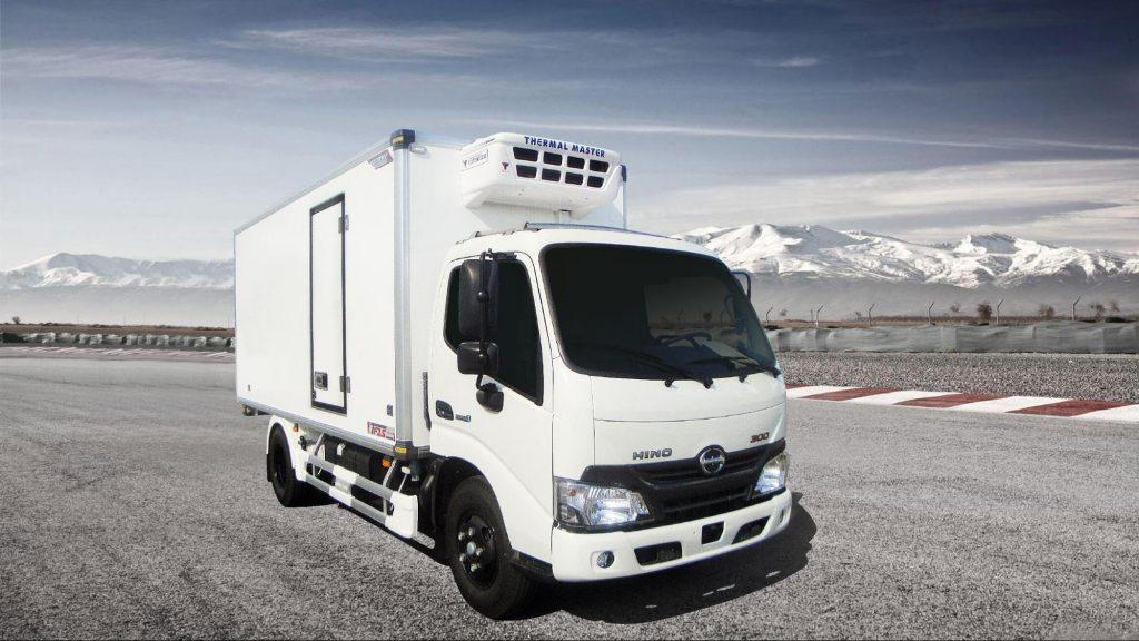 xe tải thùng đông lạnh HINO XZU720L