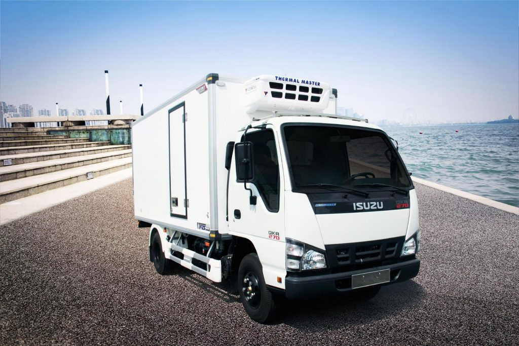 xe thùng ISUZU QKR77HE4 đóng thùng đông lạnh Quyền Auto