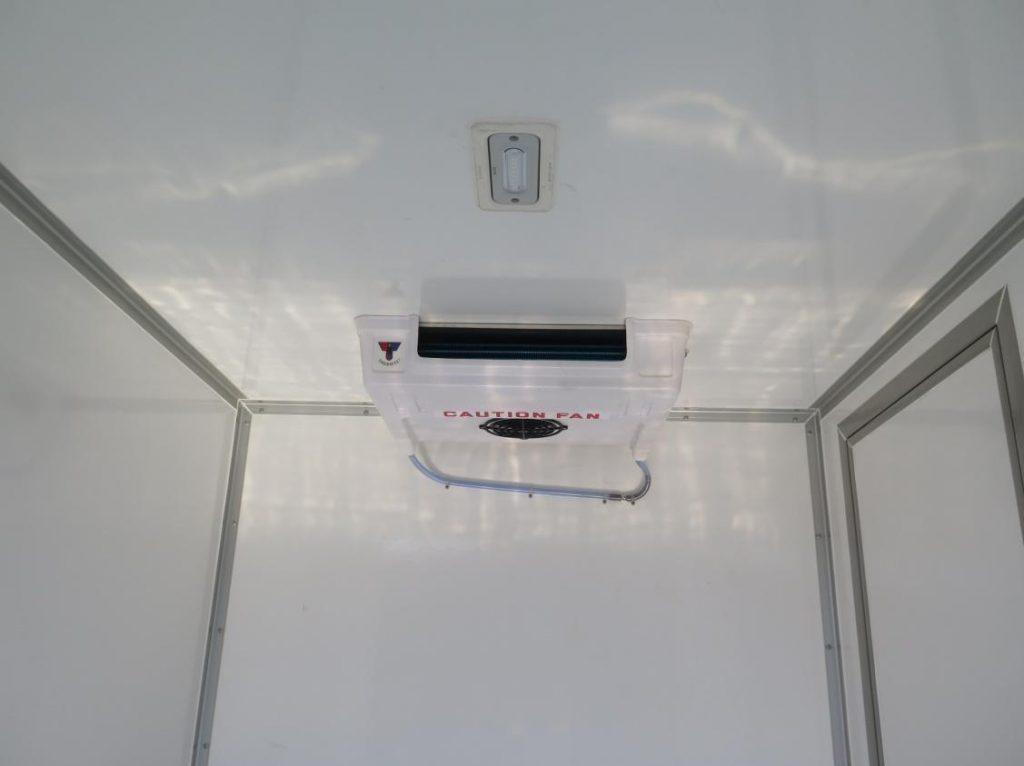 máy lạnh thương hiệu Thermal Master được gắn vào Xe tải đông lạnh Suzuki carry pro 2019